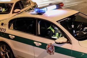Sulaikytas girtas vairavęs policijos patrulis
