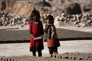 UNICEF: skurdą patiria 380 mln. vaikų