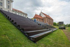 Prie Kauno pilies jau iškilo naujas amfiteatras