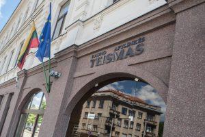 Austrijos parduotuves plėšęs kaunietis bausmę atliks gimtinėje
