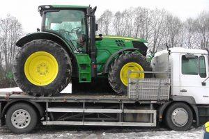 Muitininkų sulaikytas traktorius buvo pavogtas Švedijoje