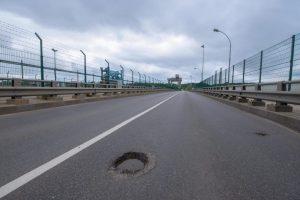 Kauno hidroelektrinės tiltas uždaromas kapitaliniam remontui
