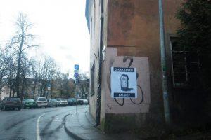 Plakatas šokiravo ne vieną: L. Balsys – jau alkoholizmo simbolis?
