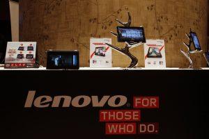 """Analitikai: """"Lenovo"""" laukia sunkūs laikai"""