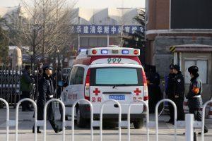 Rytų Kinijoje per autobuso avariją žuvo mažiausiai 12 žmonių