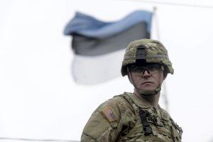 JAV kariai su savo technika netrukus atvyks į Estiją