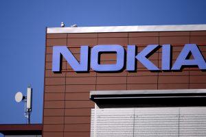 """""""Nokia"""" ketina sugrįžti į mobiliųjų telefonų rinką"""