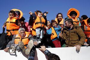 Apklausa: pabėgėlių priėmimui visiškai nepritaria apie 46 proc. gyventojų