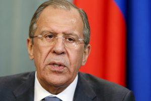S. Lavrovas Mosulo operaciją prilygino Maskvos remiamam Alepo bombardavimui Sirijoje