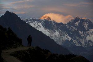 Alpinistų ekspedicijos rinks šiukšles nuo Everesto