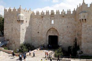 Kruvini susirėmimai tarp palestiniečių ir izraeliečių nesibaigia
