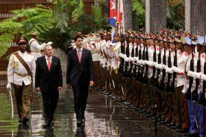 Kanados premjeras lankosi Kuboje