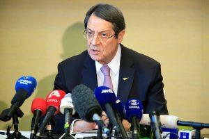 Kipro prezidentas reikalauja išvesti iš salos Turkijos karius
