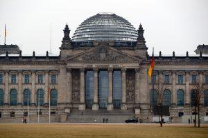 Rusijai – Vokietijos kritika dėl planų pastatyti Reichstago kopiją jaunimui
