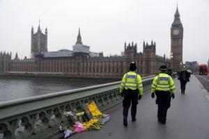 Britų policija paskelbė daugiau detalių apie parlamento užpuoliką