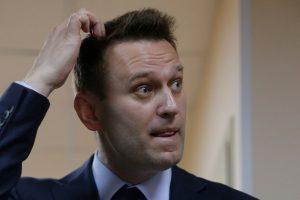 A. Navalnas įpareigotas ištrinti filmą apie D. Medvedevo turtus