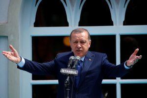 Kodėl V. Putinas, R. T. Erdoganas ir V. Orbanas sulaukia tiek palaikymo?