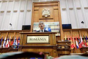 J. Stoltenbergas: NATO nenori naujo Šaltojo karo su Rusija