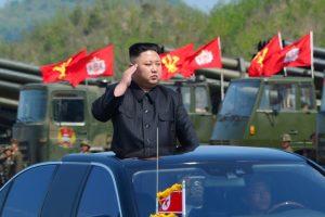 ES plečia sankcijas Šiaurės Korėjai