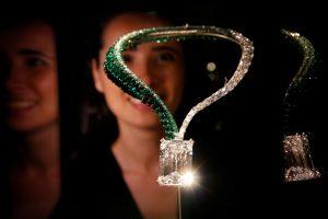 Didžiausias aukcionui pasiūlytas deimantas nupirktas už 28,7 mln. eurų