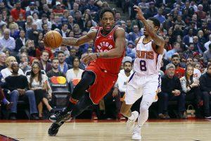 NBA: J. Valančiūnas pelnė keturis taškus