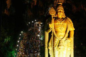 Tūkstančiai tikinčiųjų Malaizijoje švenčia hinduistų festivalį