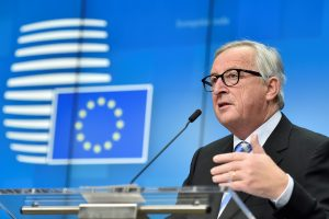 J.-C. Junckeris abejoja Rumunijos gebėjimu pirmininkauti ES