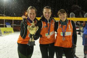Lietuvos sniego tinklininkės Gruzijoje iškovojo bronzos medalius