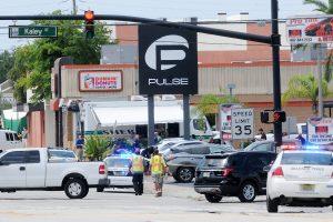 Smuko britų kompanijos akcijos: Orlando šaulys buvo jos darbuotojas