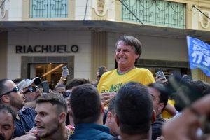 Brazilijoje per mitingą sunkiai sužeistas kandidatas į prezidentus