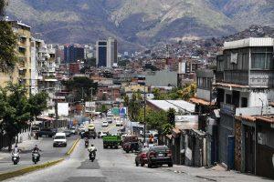 Po beveik savaitės Venesueloje atkurtas elektros tiekimas