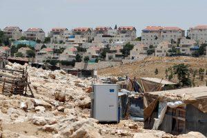 Izraelis palaimino 560 namų statybą neramiame Vakarų Krante