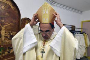 Prancūzijos Katalikų Bažnyčia prašo pedofilijos aukų atleidimo