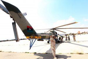 Libijoje sudužus kariuomenės sraigtasparniui žuvo penki žmonės