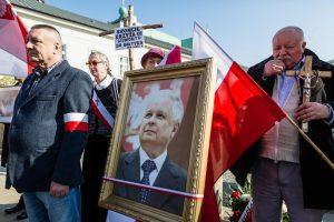 Lenkija mini L. Kaczynskio lėktuvo katastrofos septintąsias metines
