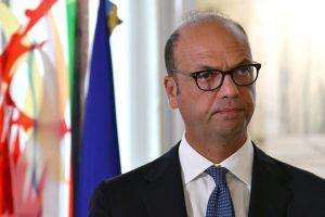 Italija išsiunčia iš šalies Šiaurės Korėjos ambasadorių