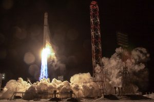 Rusija atkūrė ryšį su dingusiu Angolos palydovu