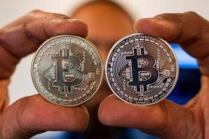 Kas labiausiai praturtėjo iš bitkoinų?