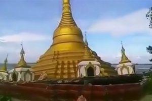 Mianmare per potvynį į upę nuvirto puošni budistų pagoda