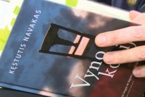 Nauja rašytojo K. Navako patirtis – išleistas pirmasis romanas