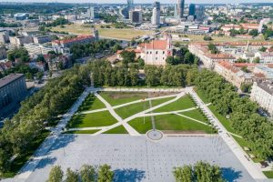 Prezidentė apie Lukiškių aikštę: jaučiu alergiją paminklams