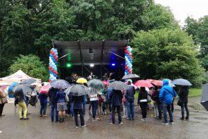 Zoologijos sode skambėjo akordeonų muzika