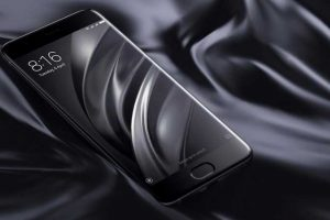 """Išmanusis telefonas """"Xiaomi Mi 6"""": ar nukonkuruos žinomus gamintojus?"""