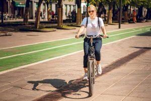 """Pirmoji """"Like Bike 100 000 km iššūkio"""" savaitė pranoko visus lūkesčius"""