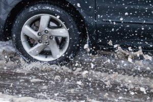 Eismo sąlygas šiaurės ir rytų Lietuvoje sunkina sniegas ir šlapdriba