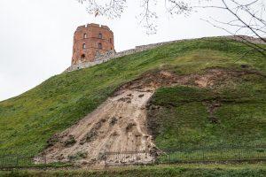 Ministerija ramina: naujausios Gedimino kalno nuošliaužos – paviršinės