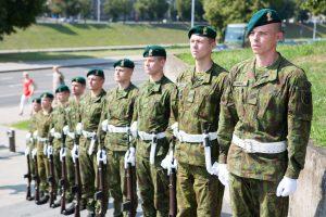 Apklausa: visuotiniam kariniam šaukimui pritaria trečdalis lietuvių