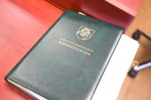 Leidėjas teisiamas dėl viešo pritarimo sovietų nusikaltimams