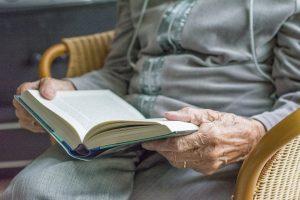 Keičiasi įmonės, pristatančios pensijas į namus