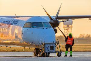Lietuvos oro uostai paaiškino, kodėl kartais vėluoja lėktuvai